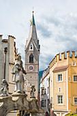 Weißer Turm, Pfarrkirche St. Michael, Brixen, Südtirol, Alto Adige, Italien