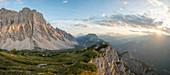 Monte Civetta auf der Dolomitstrecke nahe Rifugio Tissi nahe der Spur Alta Via 1, Belluno, Venetien, Italien, Europa