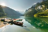 Boats, Vorderer Gosausee, Gosaukamm, Salzkammergut, Upper Austria, Austria