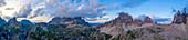 Panoramablick auf die Dolomiten, Südtirol, Italien