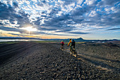 Iceland, road trip, midsummer night, mountain bike, MTB, volcano, Myvatn, biking, e-bike, dust