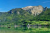 Wolfgangsee mit Ort St. Wolfgang und Schafberg, Wolfgangsee, Salzkammergut, Salzburg, Österreich