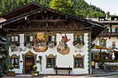 Lüftlmalerei, Hotel zur Post, Wallgau, Werdenfelser Land, Oberbayern, Bayern, Deutschland