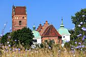 Gothic church of the Visitation of the Blessed Virgin Mary, one of the oldest buildings in Warsaw, old town, Warsaw, Mazovia region, Poland, Europe\n\nWarszawa, Mazowieckie\nKosciol Nawiedzenia Najswietszej Marii Panny\n