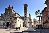 Am Duomo in Prato, Toscana, Italien
