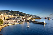 Hafen mit Fähren und Altstadt Bastia im Morgenlicht, Nord- Korsika, Frankreich
