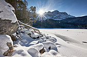 Sunrise at the Eibsee below the Zugspitze, one of the most beautiful mountain lakes in Bavaria, Bavaria, Germany