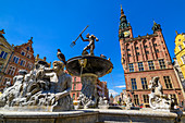 Gdansk, Main City, old town, Dlugi Targ street (Long Market), City Hall with tower, fountain of Neptune. Gdansk, Main City, Pomorze region, Pomorskie voivodeship, Poland, Europe