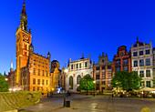 Gdansk, Main City, old town, Dlugi Targ street (Long Market), City Hall with tower, Artus Court (white building). Gdansk, Main City, Pomorze region, Pomorskie voivodeship, Poland, Europe