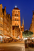 Basilica of St. Mary of the Assumption of the Blessed Virgin Mary in Gdansk, commonly known as Mariacki church. Piwna street. Gdansk, Main City, Pomorze region, Pomorskie voivodeship, Poland, Europe