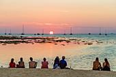 Sonnenuntergang in Ko Lipe, im Tarutao National Marine Park, Thailand, Südostasien, Asien
