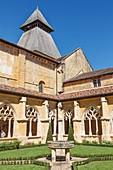 France, Dordogne, Le Buisson de Cadouin, Cadouin, the gothic abbey cloister on the Camino de Santiago, listed as World Heritage by UNESCO