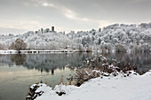 Ruhr in winter, Ruhrauen, view to Blankenstein Castle, near Hattingen, Ruhr area, North Rhine-Westphalia, Germany