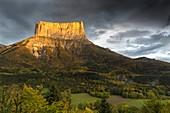 France, Isere, Parc Naturel Regional du Vercors (Natural regional park of Vercors), Richardiere, Mont Aiguille (2086m)