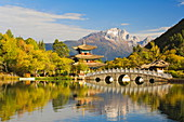 Black Dragon Pond and Yulong Snow Mountain, Lijiang, Yunnan Province, China, Asia
