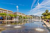 Brunnen an der Promenade du Paillon in Nizza, Alpes Maritimes, Côte d'Azur, Französische Riviera, Provence, Frankreich, Mittelmeer, Europa