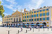 Kapelle des Heiligen Grabes von Nizza am Place Garibaldi in Nizza, Alpes Maritimes, Côte d'Azur, Französische Riviera, Provence, Frankreich, Mittelmeer, Europa