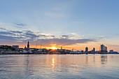 Sunrise over Altona and Hafencity with Elbphilharmonie, Free Hanseatic City of Hamburg, Northern Germany, Germany, Europe