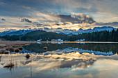 Sunrise at Geroldsee with Karwendel, Krün near Garmisch-Partenkirchen, Werdenfelser Land, Bavaria, Germany