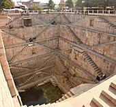Nagar Sagar Kund stepwell, Bundi, Rajasthan, India, Asia