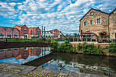 The Quay (Quayside) in Exeter in early morning, Exeter, Devon, England, United Kingdom, Europe