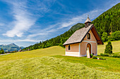 View of small chapel near St. Johann, Austrian Alps, Tyrol, Austria, Europe