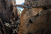 At the end of the hike on the Caminito del Rey you have to cross the suspension bridge, which is at an altitude of 105 meters.