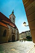 Außenansicht der Kathedrale des Heiligen Martin (auch Martinsdom), Bratislava, Slowakei