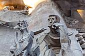 SCULPTURE OF ECCE HOMO BY JOSEPH MARIA SUBIRACHS, SAGRADA FAMILIA BASILICA, TEMPLE EXPIATORI, BARCELONA, CATALONIA, SPAIN
