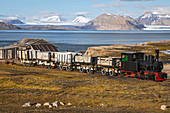 COAL TRAIN OF THE FORMER MINING TOWN OF NY ALESUND, THE NORTHERNMOST COMMUNITY IN THE WORLD (78 56N), SPITZBERG, SVALBARD, ARCTIC OCEAN, NORWAY