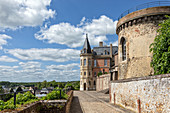 16TH CENTURY TOWER AND 14TH CENTURY EDIFICE, MEDIEVAL RAMPANT WALK AROUND THE OLD CASTLE, CITY OF DREUX, EURE-ET-LOIR (28), FRANCE