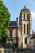 THE SAINT-VINCENT NORTH TOWER, HEIGHT 36 METRES, SAINT-PIERRE CHURCH ON THE PLACE METEZEAU, CITY OF DREUX, EURE-ET-LOIR (28), FRANCE
