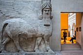 ANDROCEPHALOUS BULL, LEGENDARY CREATURE THAT GUARDED THE ENTRANCE TO THE PALACE OF SARGON II, KING OF ASSYRIA,  MIDDLE EASTERN ANTIQUITIES DEPARTMENT, RICHELIEU WING, THE LOUVRE, PARIS, FRANCE