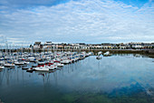 View of the bay from Concarneau to Quai Peneroff with the city center, Arrondissement Quimper, Departement Finistere, Brittany, France, Europe