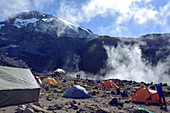 Kilimanjaro; View of the summit; Barranco Camp; Departure for the fourth stage;