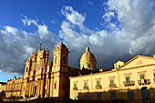 Evening sun, evening light at Noto Cathedral, east coast, Sicily, Italy
