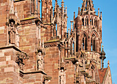 Sculptures on the south side of Freiburg Minster, Freiburg, Breisgau, Southern Black Forest, Black Forest, Baden-Wuerttemberg, Germany, Europe