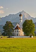 View of St. Coloman, Schwangau municipality, Ammer Mountains, Ostallg? U, Bavaria, Germany, Europe
