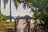 Morgens am Weg zum Strand, Playa Santa Lucia, Kuba