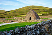 Gallarus Oratory on the Dingle Peninsula, drywall technology, Smerwick Harbor, County Kerry, Ireland