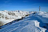 Gipfel des Upiakopfs mit Ötztaler Alpen im Hintergrund, Upiakopf, Matscher Tal, Ötztaler Alpen, Südtirol, Italien