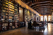Elegant 16th century Casa Aliaga library as old as the city itself, Lima, Lima, Peru, South America