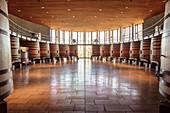 Weinfässer im Weingut Lapostolle, Santa Cruz, Colchagua Tal (Weinanbau Gebiet), Chile, Südamerika