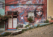 Mural (large mural), street art in the streets of Valparaiso, Chile, South America