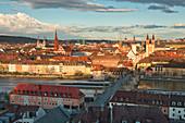 Blick von der Festung Marienberg auf die Altstadtt von Würzburg, Unterfranken, Franken, Bayern, Deutschland, Europa