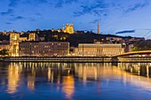 France, Rhone, Lyon, historical site listed as World Heritage by UNESCO, gateway of the Palace of Justice on the Saone connecting the district Cordeliers with the district of Vieux Lyon, view of the Law court, the cathedral Saint Jean and the basilica Notre Dame de Fourviere