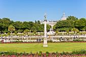 France, Paris, the Luxembourg gardens, column David winner of Goliath