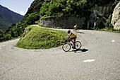 Frankreich, Savoie, Maurienne-Tal, Montvernier, Serpentinen