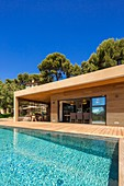 France, Bouches du Rhone, Cassis, contemporary house, subtle blend of wood and stone