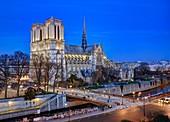 Frankreich, Paris, die Ufer der Seine, die île de la Cité mit der Kathedrale Notre-Dame und der Pont au Double (Brücke), von der UNESCO zum Weltkulturerbe erklärtes Gebiet